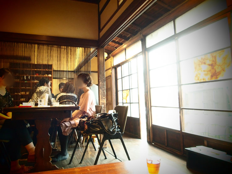 DADA CAFE(ダダカフェ)