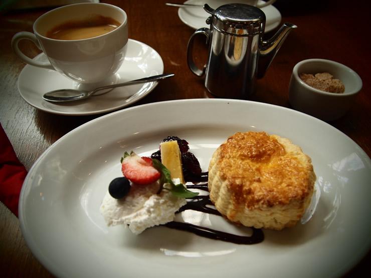 GLOBE CAFE (グローブ・カフェ)